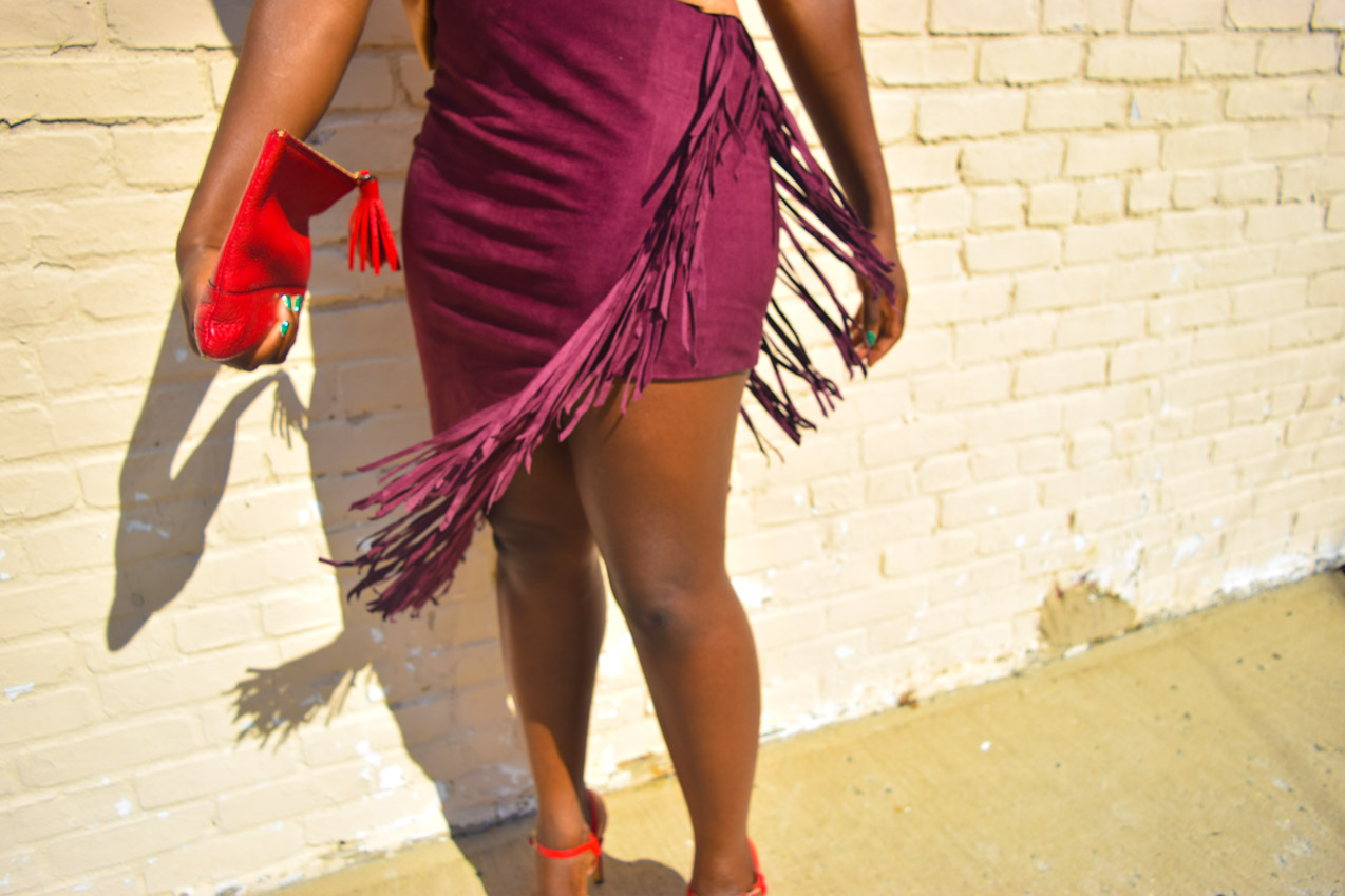 befitting-style-oyinkan-wearing-fringe-skirt-v-neck-top-nyfw-17