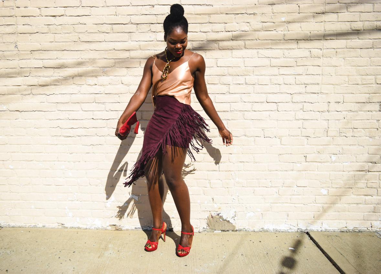 befitting-style-oyinkan-wearing-fringe-skirt-v-neck-top-nyfw-2