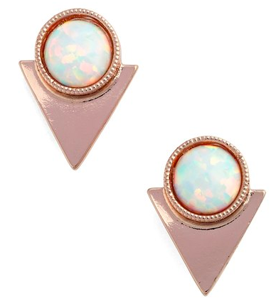 accessory-holiday-gift-guide-fashion-girl-stud-earring