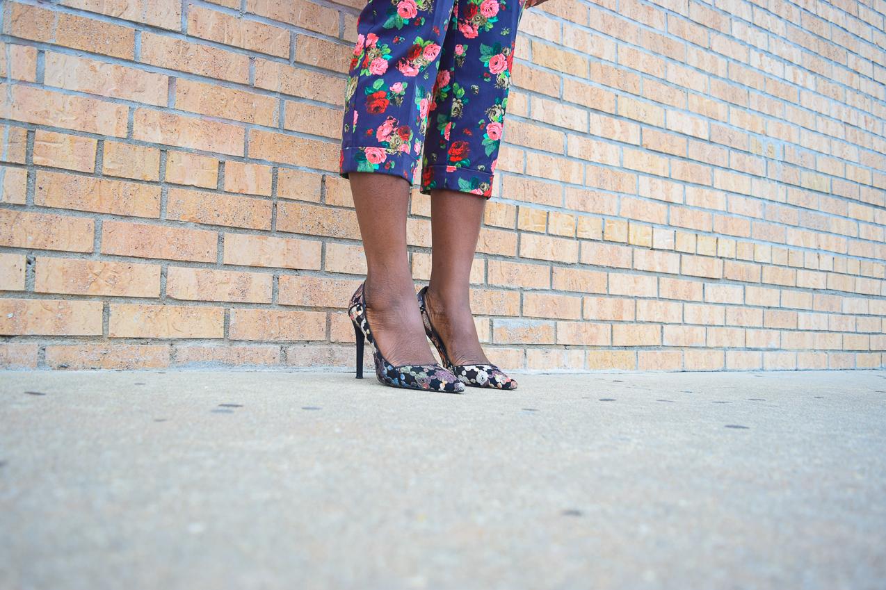 befitting-style-oyinkan-wearing-pink-blazer-floral-pants-10