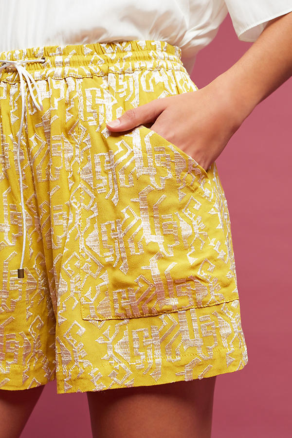 20 Shorts To Chill In This Summer